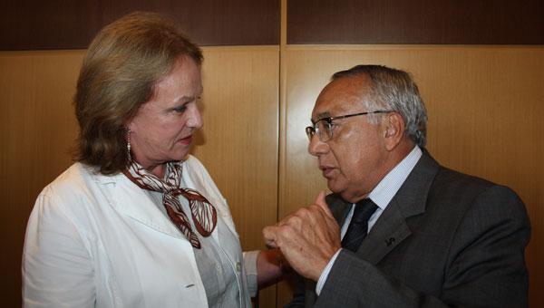 Anita Pires, presidente da ABEOC e Gastão Vieira, ministro do Turismo
