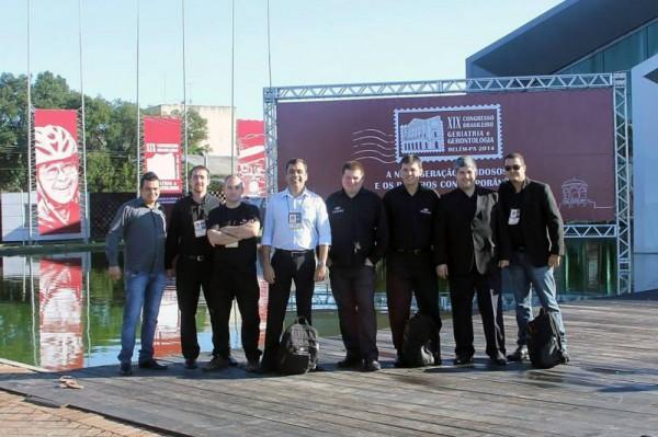 Equipe técnica em congresso médico no Pará.